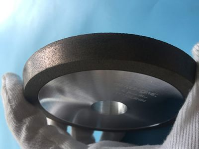 The Attentions when change grinding-wheels